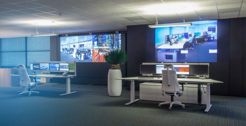 Experience our high-tech Experience Center